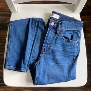 GUC Madewell Roadtripper Jeans (24, Dark Wash)